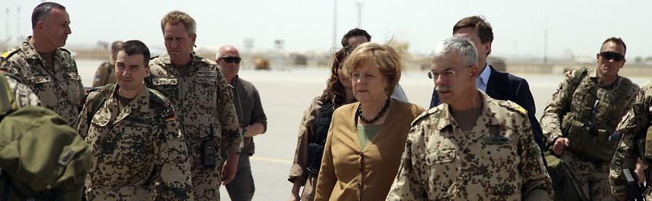 Bundeskanzlerin für längeren Afghanistaneinsatz?