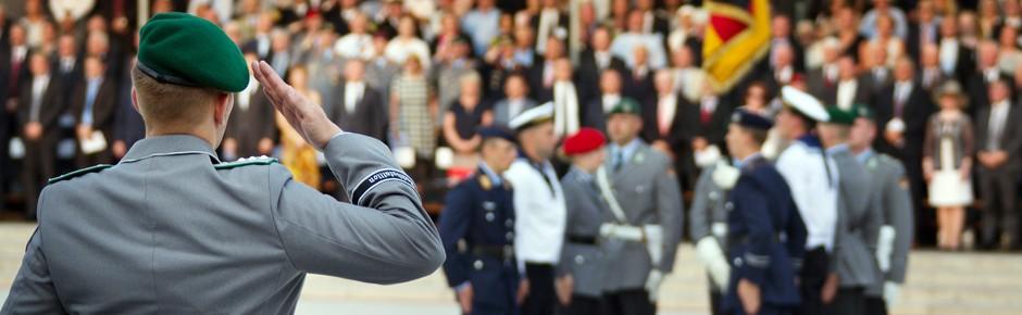 SPD-Chef Gabriel derzeit gegen höheren Verteidigungsetat