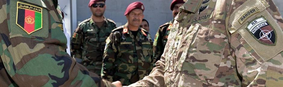 NATO verlängert Afghanistan-Mission über 2016 hinaus