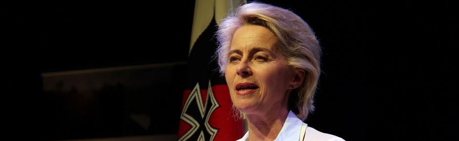 """Ministerin öffnet Tür für """"funktionsfähige Bundeswehr"""" (1)"""