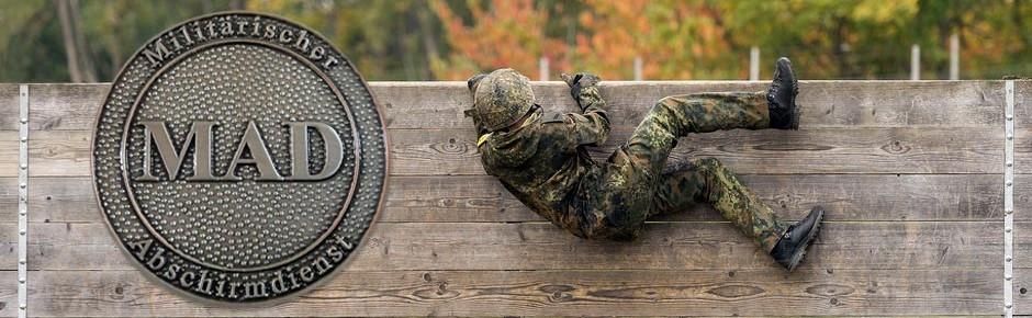 """Sicherheitsniveau in der Bundeswehr """"insgesamt gehoben"""""""