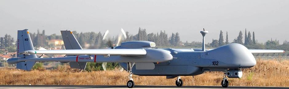 Weichenstellung für eine Bewaffnung der Drohne Heron TP