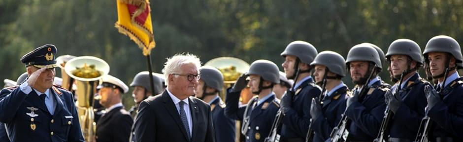 Steinmeier rät der Truppe zu kommunalen Partnerschaften