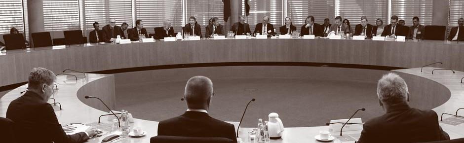 Anhörung durch das Parlamentarische Kontrollgremium