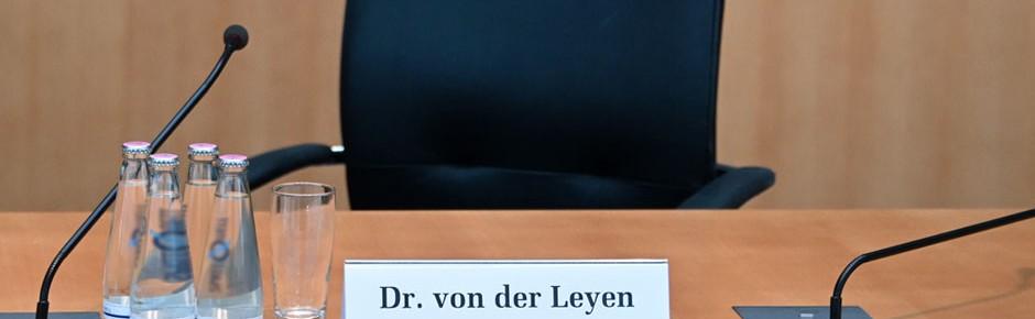 """Abschlussbericht """"Berateraffäre"""" – von der Leyen entlastet"""