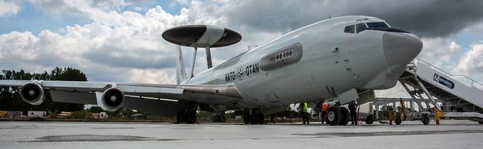 AWACS-Maschine unterstützt amerikanisch-polnische Übung