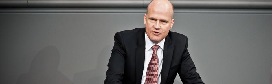 Unionsfraktionschef Brinkhaus verteidigt Zwei-Prozent-Ziel