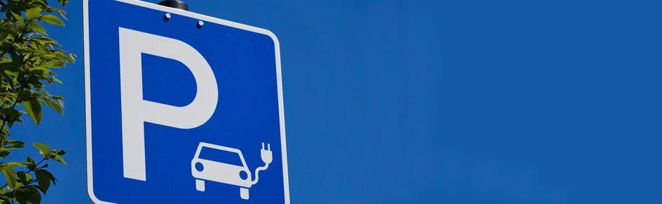Bundeswehr mit immer mehr Elektroautos