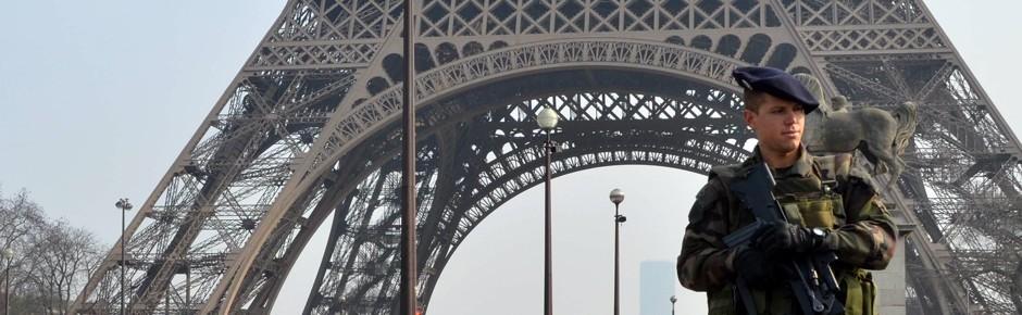 """""""Jedwede Unterstützung"""" für Frankreich im Terrorkampf"""