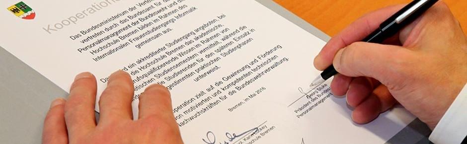 Verwaltungsdienst: Kooperation mit fünf Hochschulen