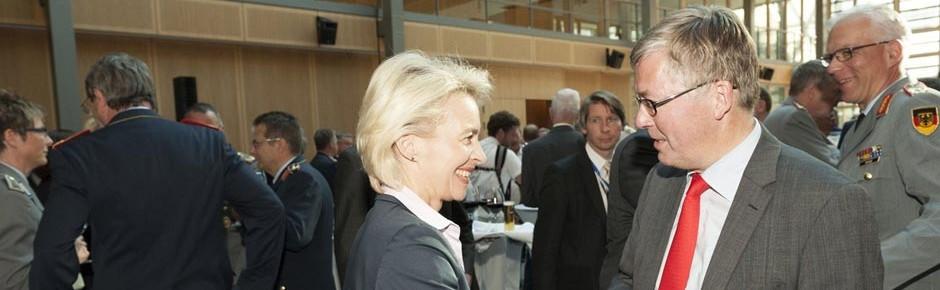 Rechtsextremismus nicht das Zentralproblem der Bundeswehr