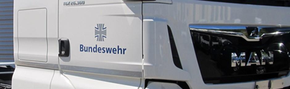 Erster neuer Fahrschul-Lkw an die Truppe übergeben