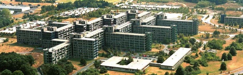 Theorie und Praxis: 25 Jahre Berlin/Bonn-Gesetz
