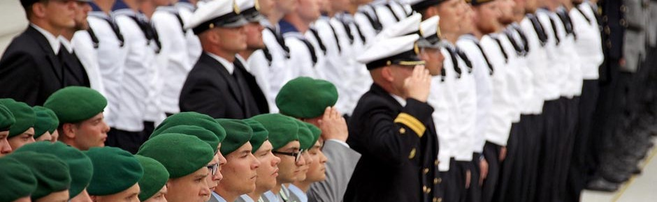 """Wehrbeauftragter fordert eine """"innere Reform"""""""