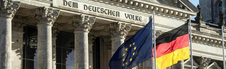"""Rechtsextremistische Terrorzelle """"Gruppe S."""" vor Gericht"""